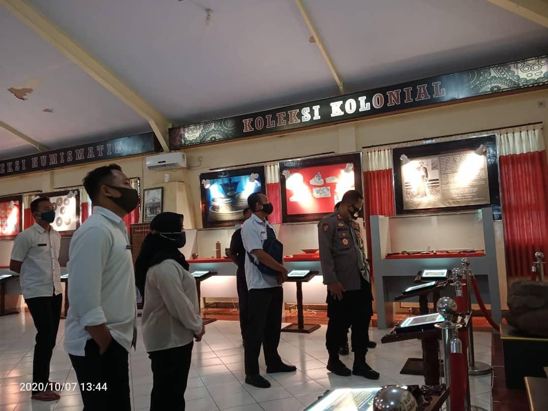 Kapolres Kunjungi Museum Daerah Lumajang