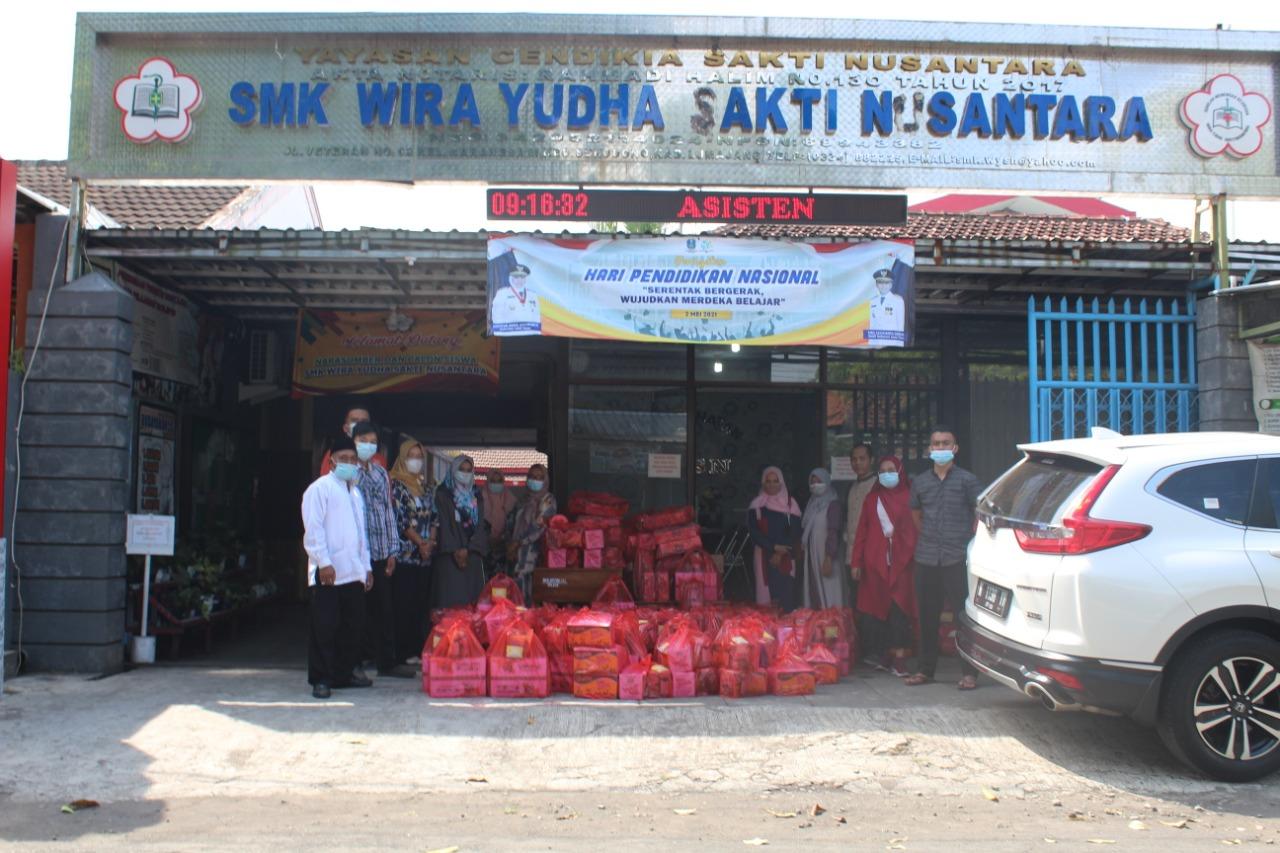 SMK WYSN Lumajang Gelar Pondok Romadhon Disertai Giat Bansos