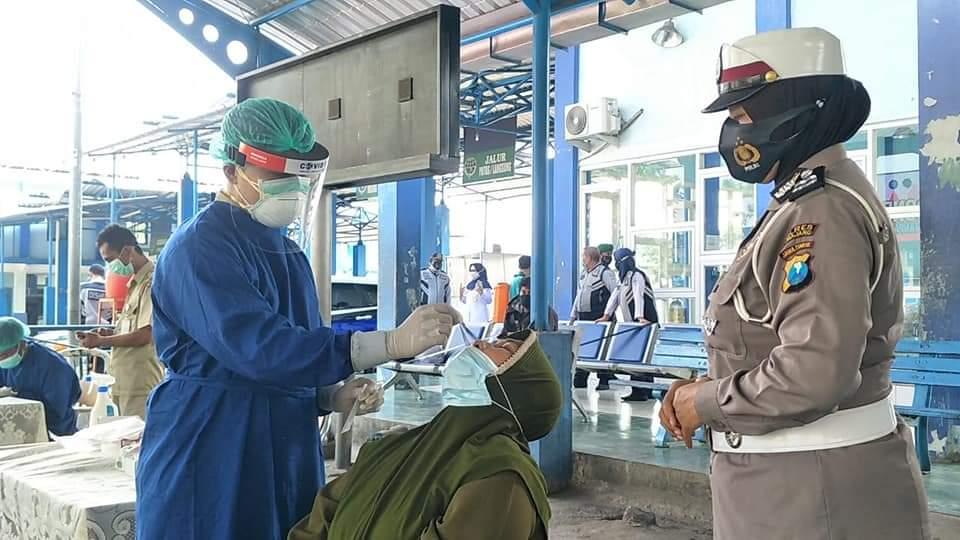 Sopir Bus Ketahuan Positif Covid saat Tes SWAB di Terminal Lumajang