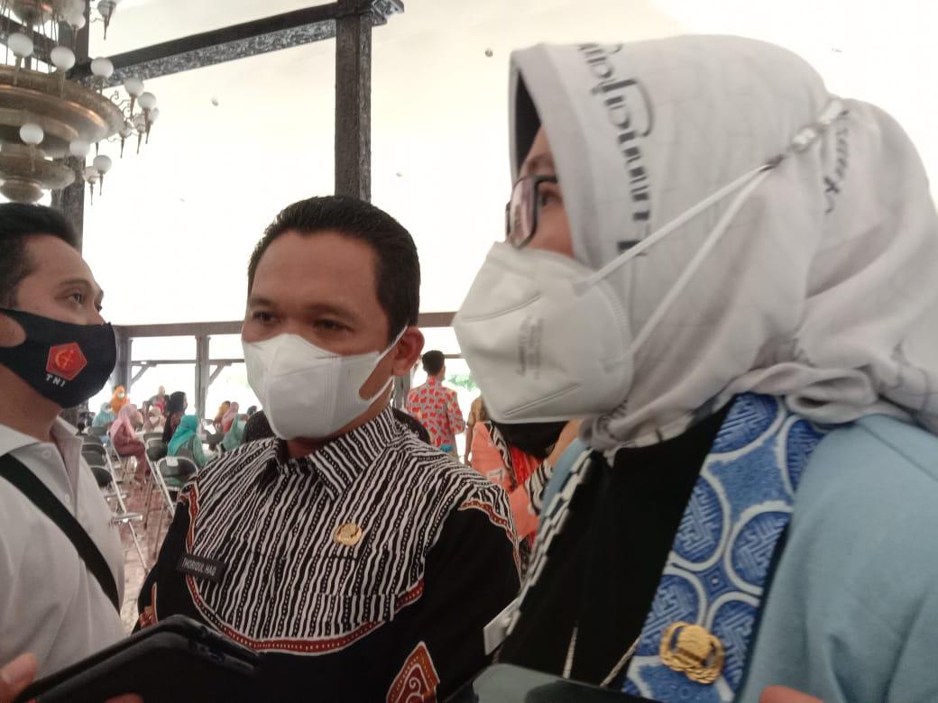 Bupati Lumajang Evaluasi Pos Pengaduan Bansos PKH soal E-Warung