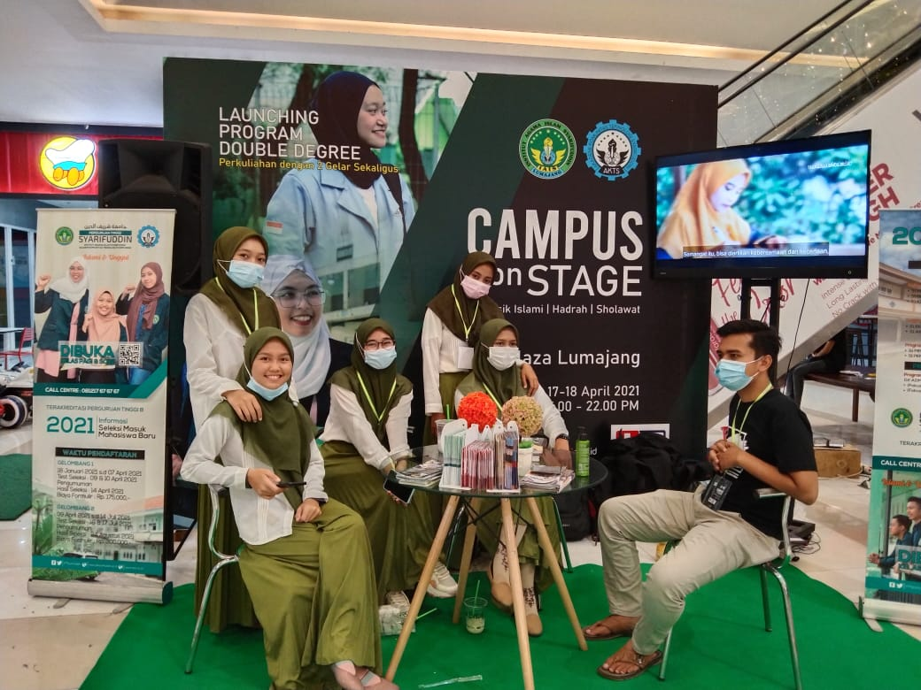 IAI Syarifuddin Gelar Campus on Stage di GM Plaza Lumajang