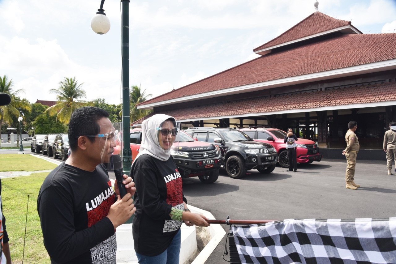 Komunitas Pajero Keliling Wisata Lumajang Dilepas Bupati dan Wabup