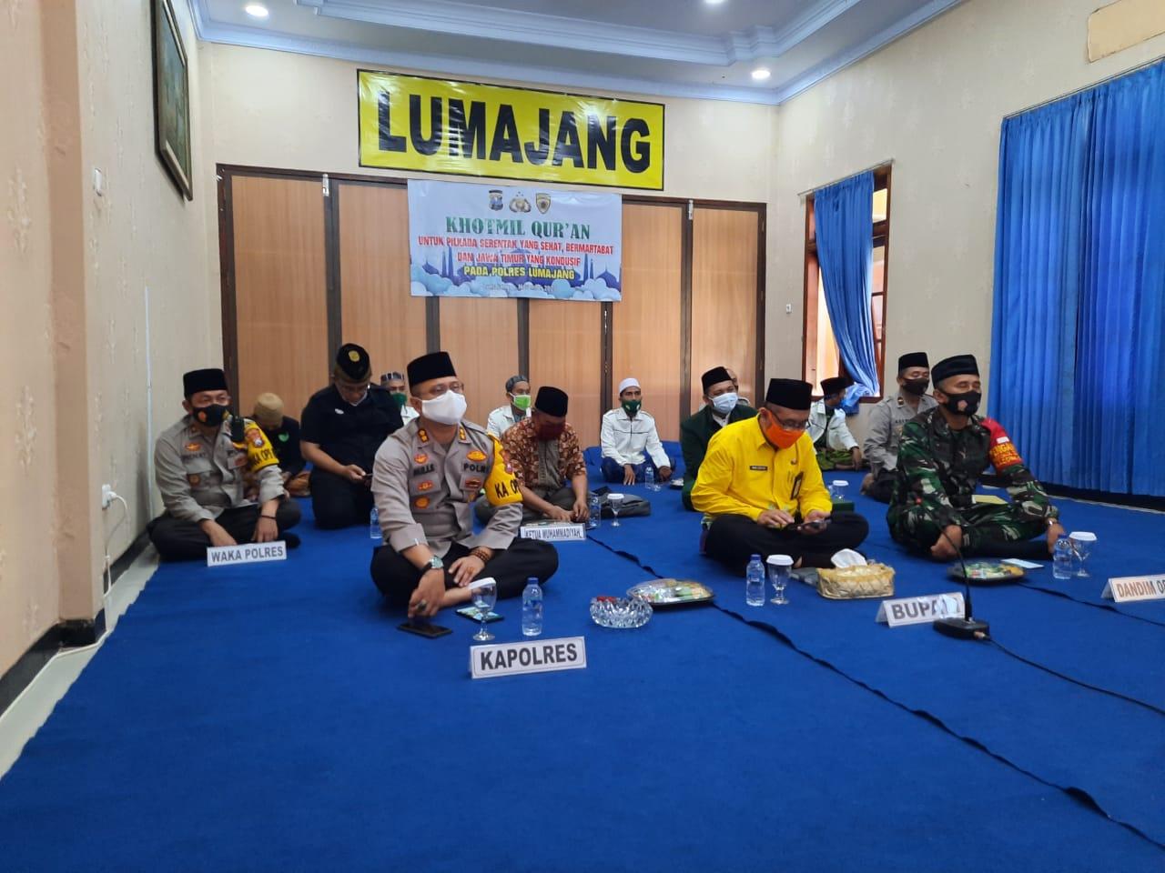 Kapolres Lumajang AKBP Deddy Foury Laksanakan Khotmil Quran