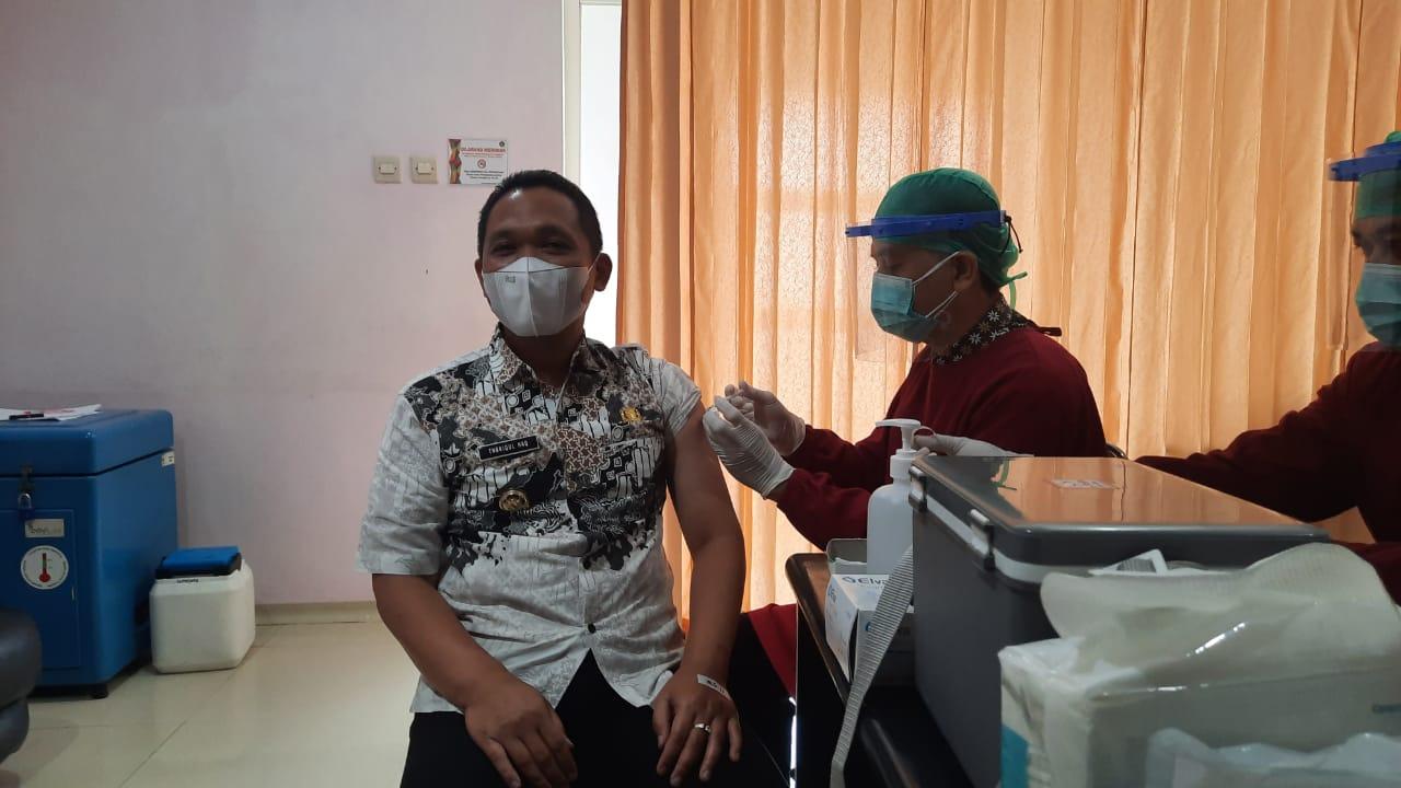 Cak Thoriq Ajak Masyarakat Lumajang Tidak Takut Vaksin