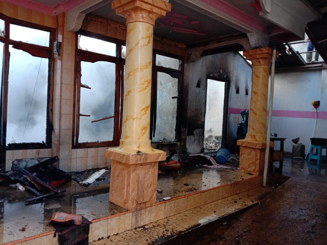 Rumah Warga Klakah Lumajang Dilalap Si Jago Merah