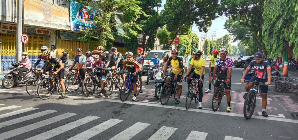Porak Poranda Community Bangkitan Gowesser Road Bike Lumajang