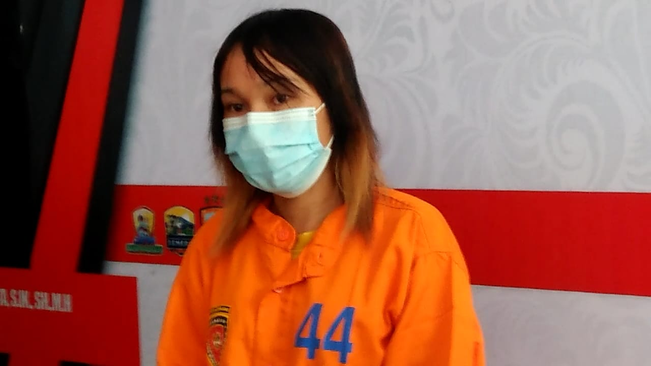Atine Ambyar, Nur Lumajang Tega Begal Mantan Pacar
