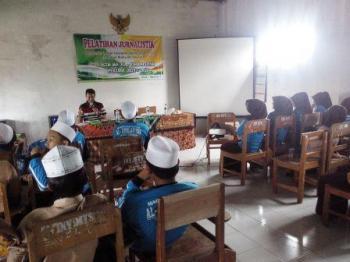 MA Al-Kholafiyah Gandeng lumajangsatu.com Pelatihan Jurnalistik Pelajar