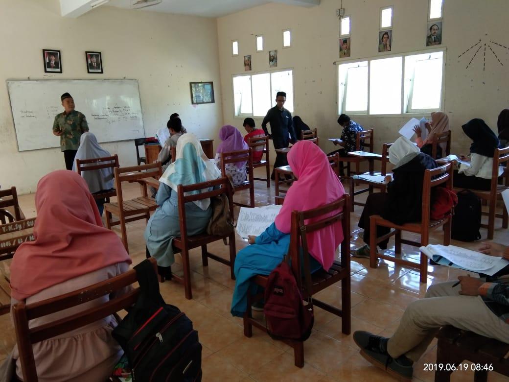 Ratusan Calon Mahasiswa Gelombang Pertama Ikut Ujian Masuk IAI Syarifuddin