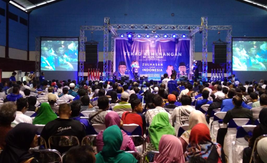 Deklarasi Tekad Kemenangan PAN, Zulkifli Hasan Hadir di Lumajang