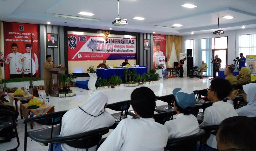 As'at Malik Buka Peringatan HPN ke-70, FKWL Gelar Sarasehan Literasi Media