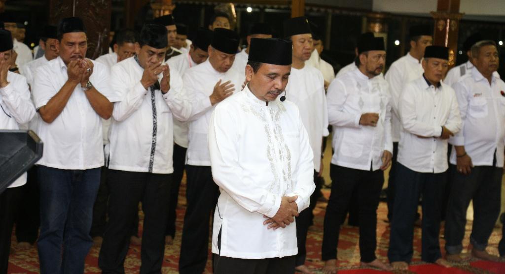 Dihadiri Megawati, Bupati As'at Jadi Imam Shalat di Peringatan Harlah Pancasila, Ada Apa..?