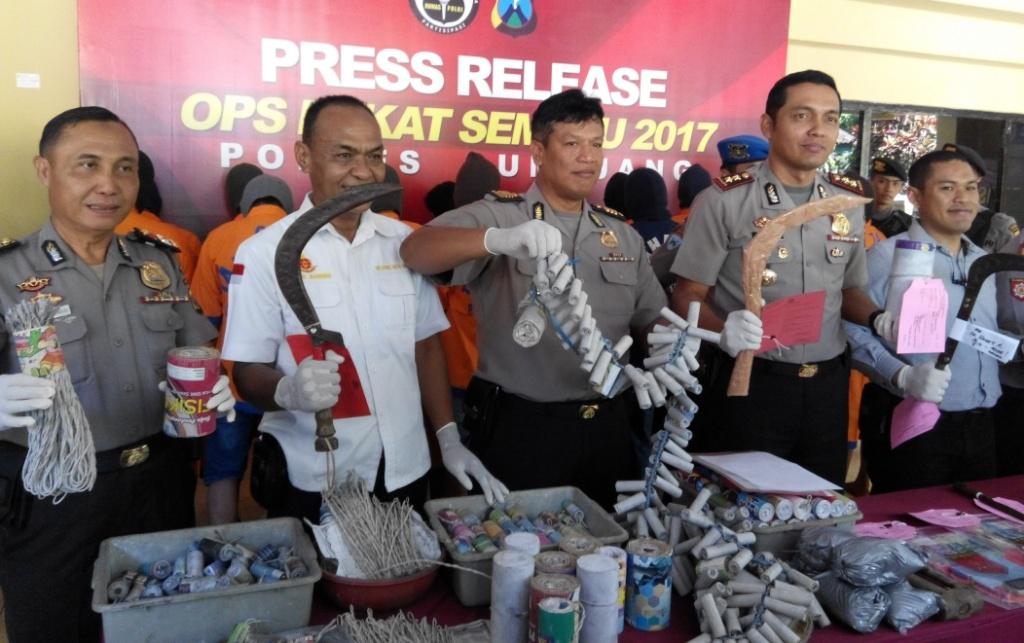 Ops Pekat Semeru 2017, Polres Lumajang Amankan 50 TSK dan 194 BB