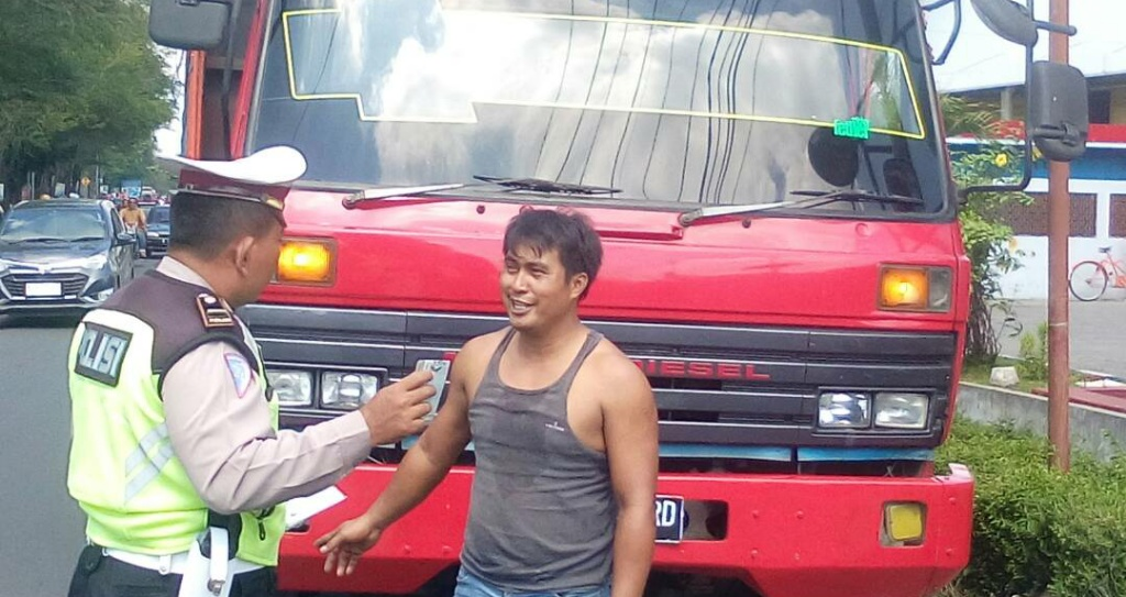 Arus Balik, Truck Angkutan Barang Dilarang Beroperasi Hingga 3 Juli 2017