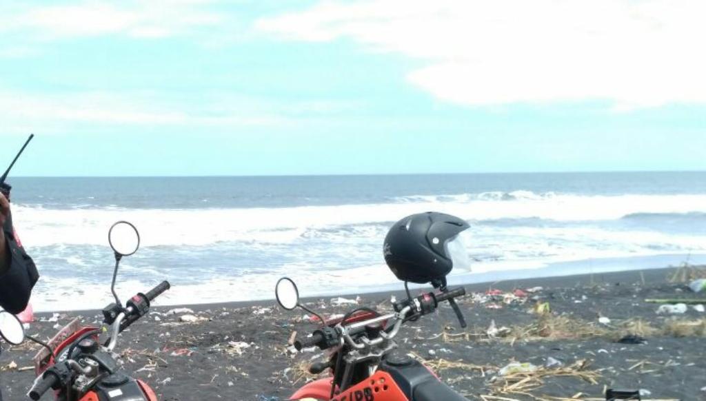 Terseret Ombak Pantai Bambang, Mayat Iksan Tak Kunjung Ditemukan