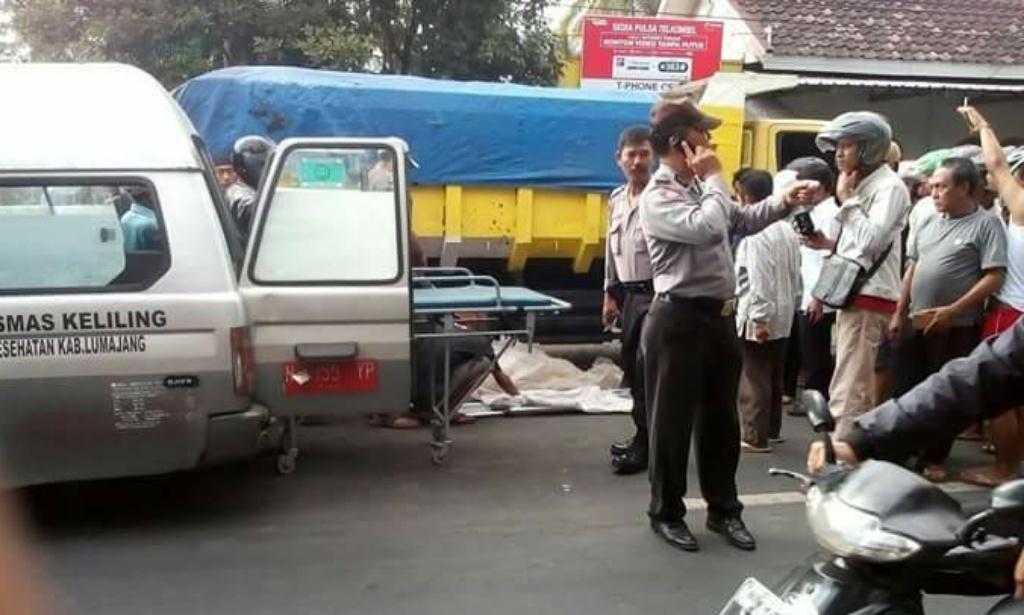 Dilindas Truck Pasir, Dewi Tewas Mengenaskan di Jalur Tempeh