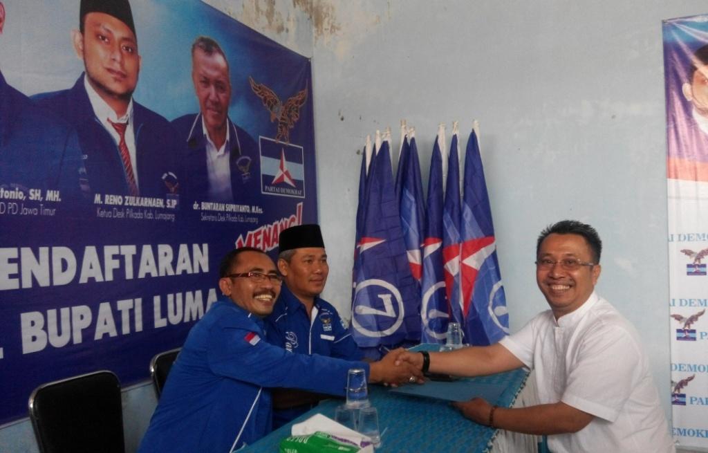 Ambil Formulir Pendaftaran, Basuki Siap Menangkan Demokrat Jadi Ketua DPRD Lumajang