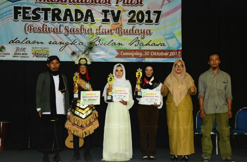 Bulan Bahasa, SMK Negeri 1 Lumajang Gelar Festival Sastra dan Budaya