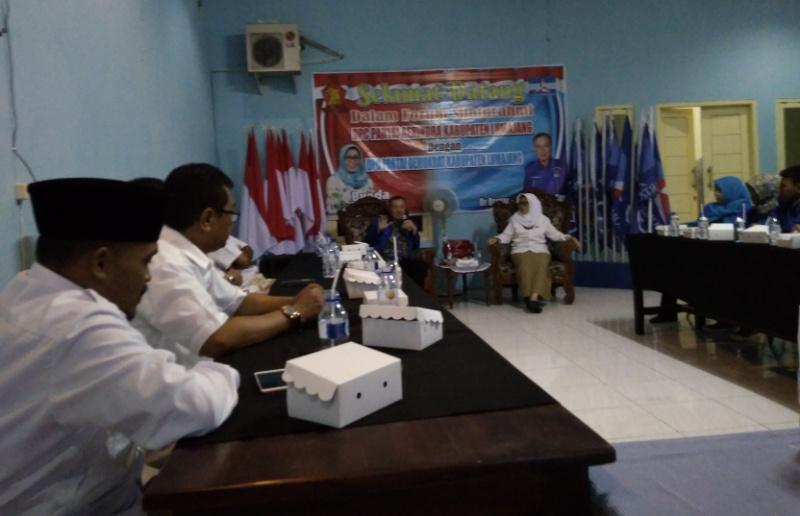 Silaturrahim ke Demokrat, Indah Amperawati Yakin Bisa Maju Pilkada 2018