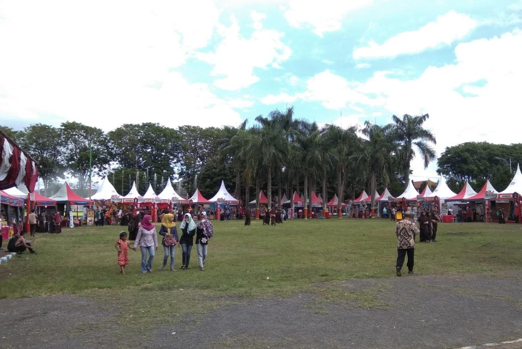 Yuk.. ! Nikmati Festival Kesenian Kawasan Selatan di Alun-alun Lumajang