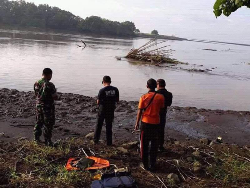 3 Hari Tenggelam, Mayat Warga Pasuruan Mengambang di Muara Desa Wotgalih
