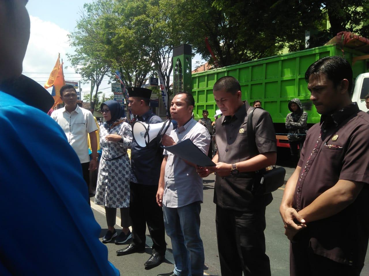Ketua DPRD Berjanji Marahi Bupati Lumajang Tak Aspiratif