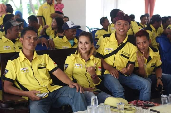 Oktavia Sopir Cantik Dipercaya Ketuai Lumajang Sae Pick Up Community