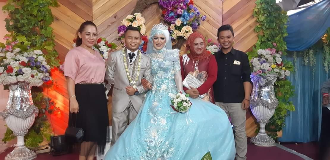 Para tamu undangan pernikahan