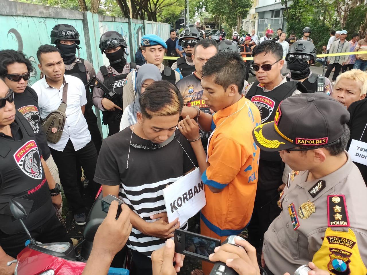 Komplotan Begal Dawuhan Wetan Kalungi Clurit Korban Saat Asyik Pacaran