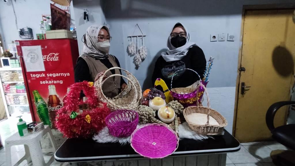 Pernak-pernik Maulid Nabi Muhammad Mulai Dicari di Lumajang