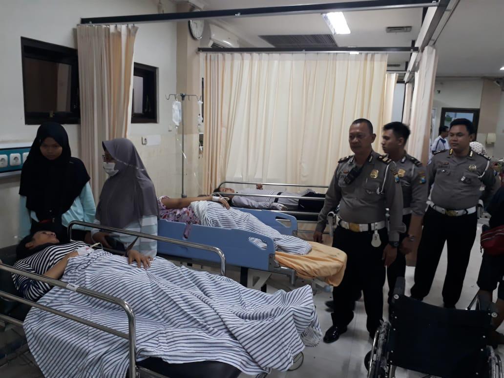Data Polisi : Korban Kecelakaan BUS SMAN 2 Genteng Banyuwangi 20 Orang