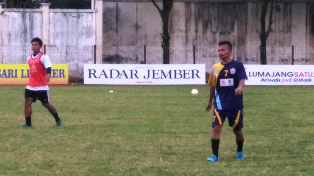 Selamat Bergabung, Puguh Pemain Senior PSIL Mulai Latihan Perdana