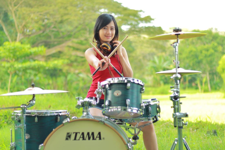 Silvia Audia Drummer Cantik Asli Lumajang Bikin Dag Dig Dug