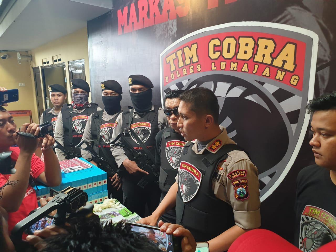 Tim Cobra Buru Saksi  Palsu Pra Peradilan Q-Net di PN Lumajang