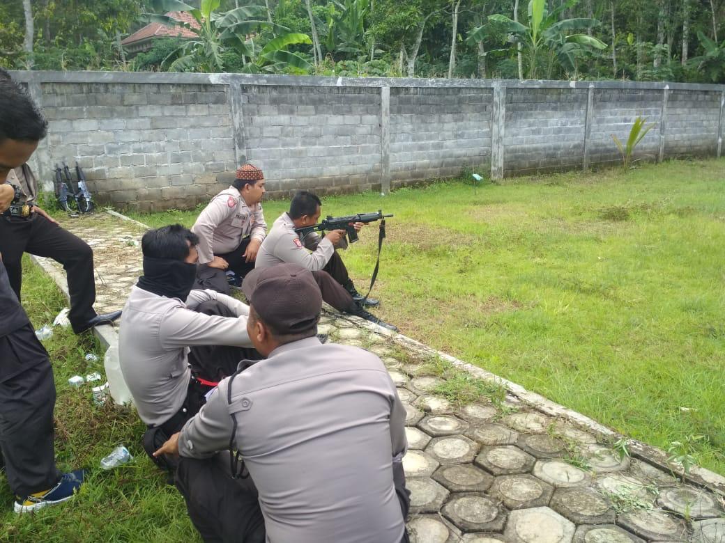 Tim Pemburu Begal Lumajang Dilatih Perang Kota Atasi Teror Kejahatan