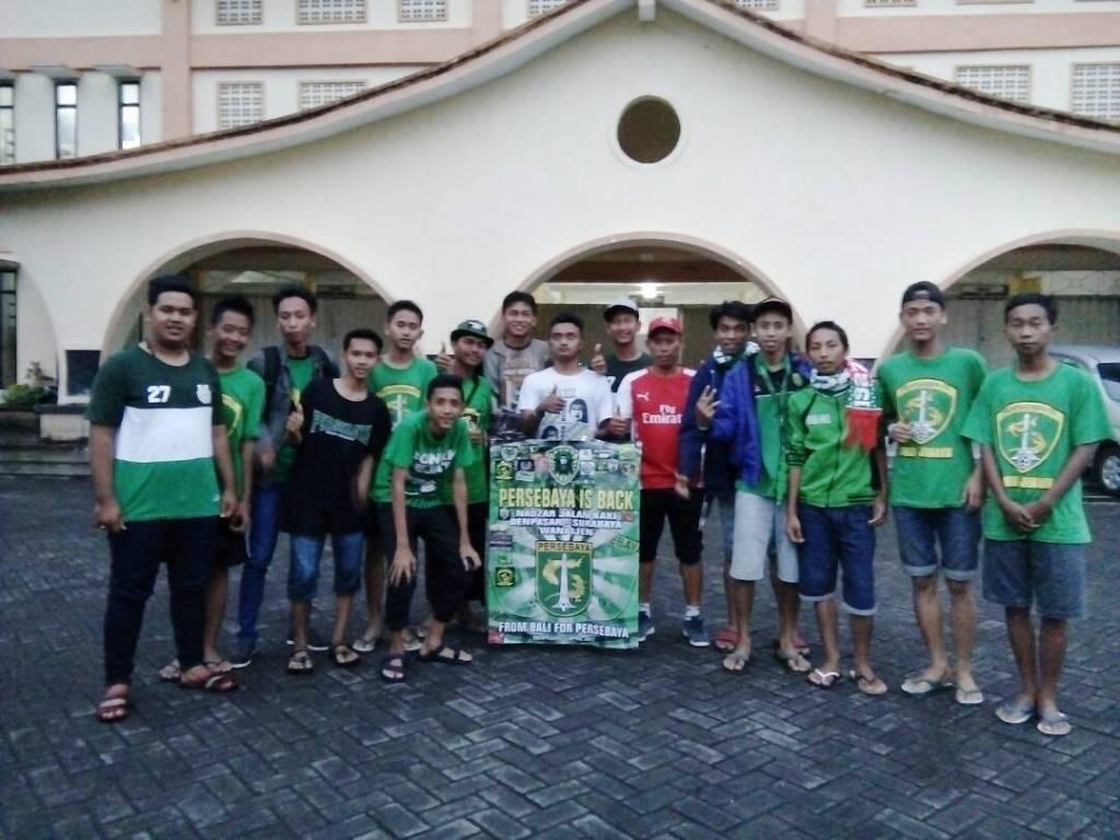 Toni Bonek Nazar Jalan Kaki Tiba di Lumajang Disambut DBL