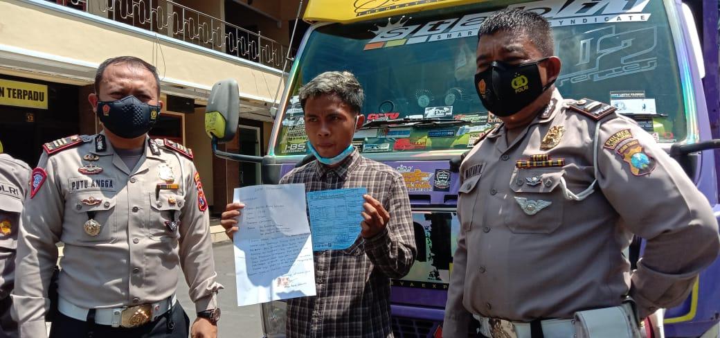Sopir Truck Oleng Asal Pronojiwo Lumajang Ditilang Pasal Berlapis
