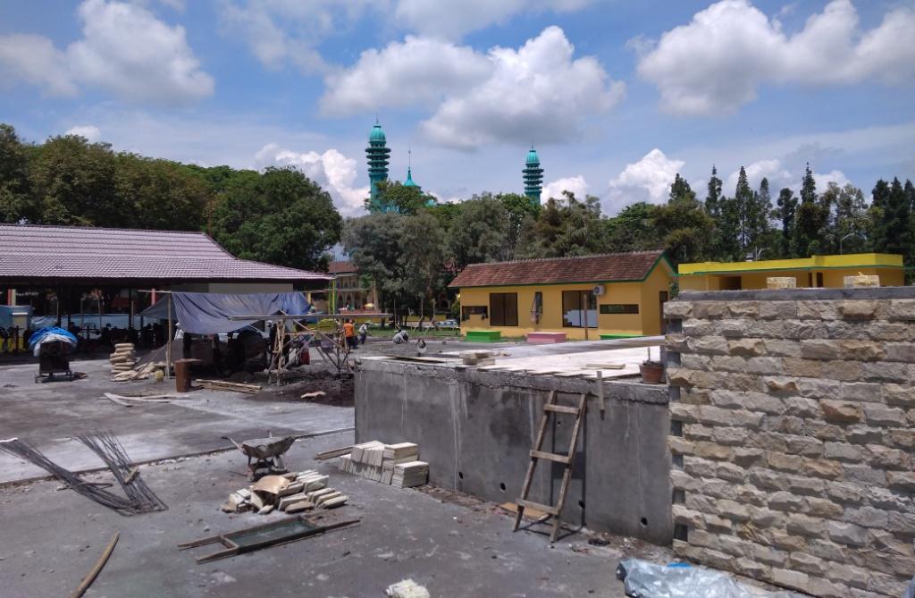 Pembangunan Alun-alun Lumajang Tahap Dua Kembali Molor