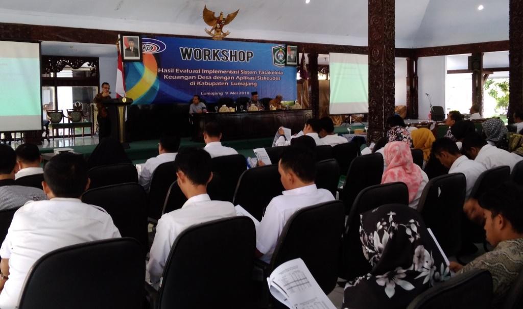 H.M Nur Purnamsidi Apresiasi Lumajang Soal Tata Kelola Keuangan Desa dengan Siskeudes