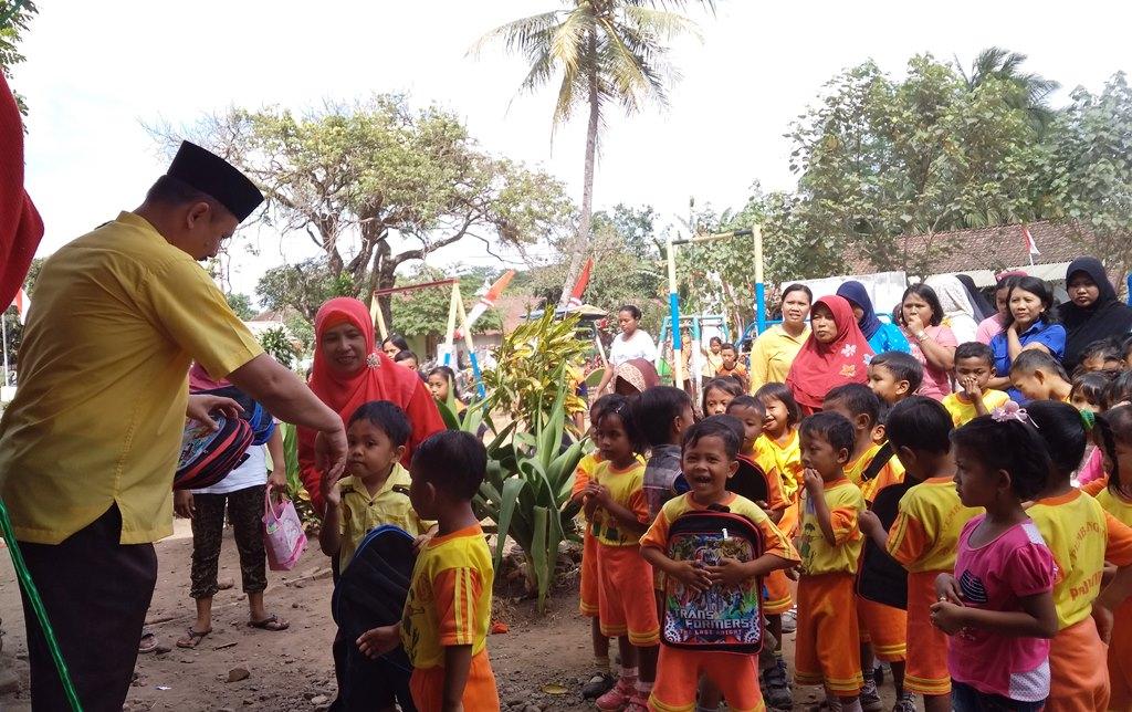 H.M. Nur Purnamasidi, Kunjungi TK Pembangunan VIII Kalidilem