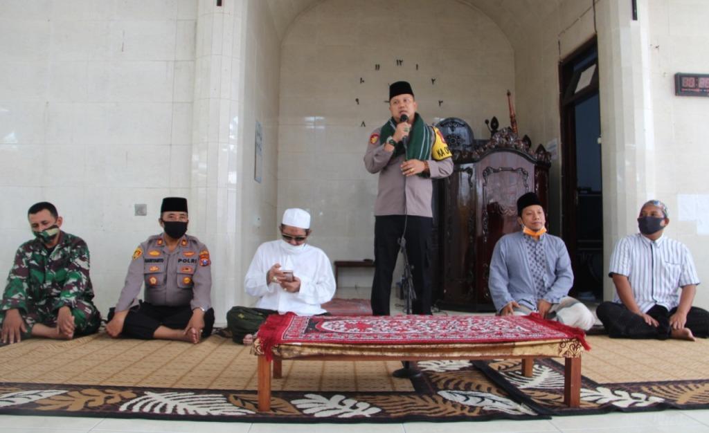 Kapolres Lumajang AKBP Deddy Silaturrahim ke Bustanul Ulum Krai