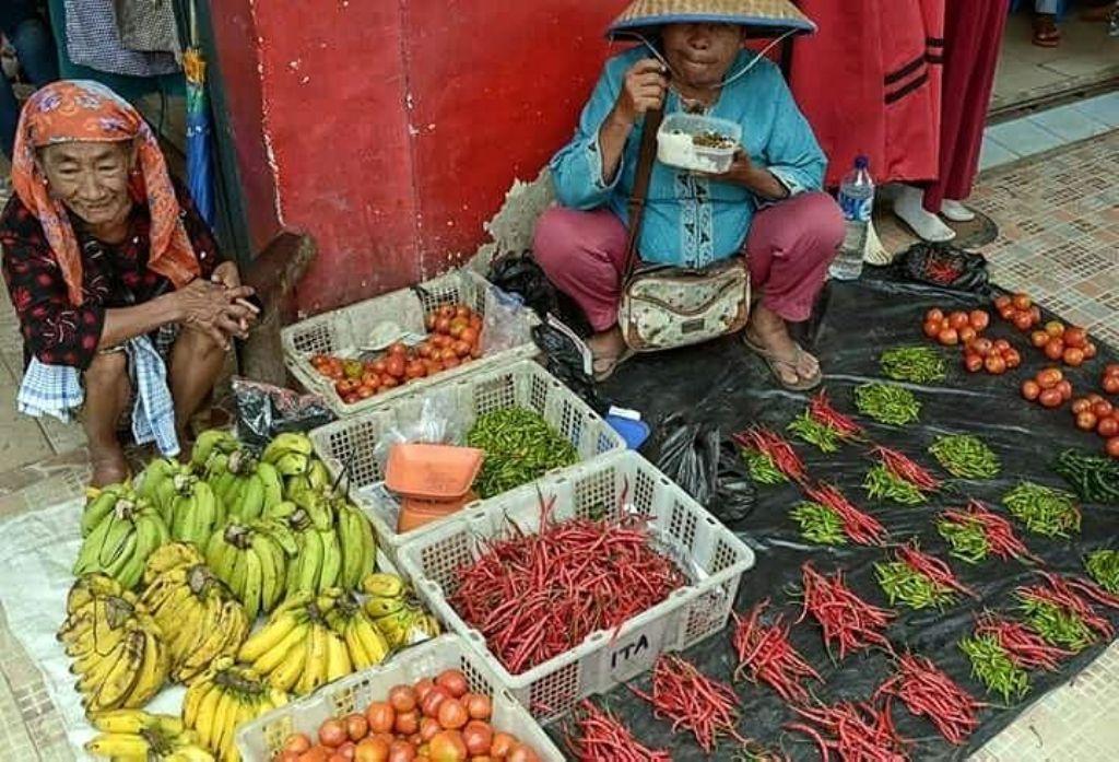 Pasar Induk Lumajang Harga Cabai Mulai Turun