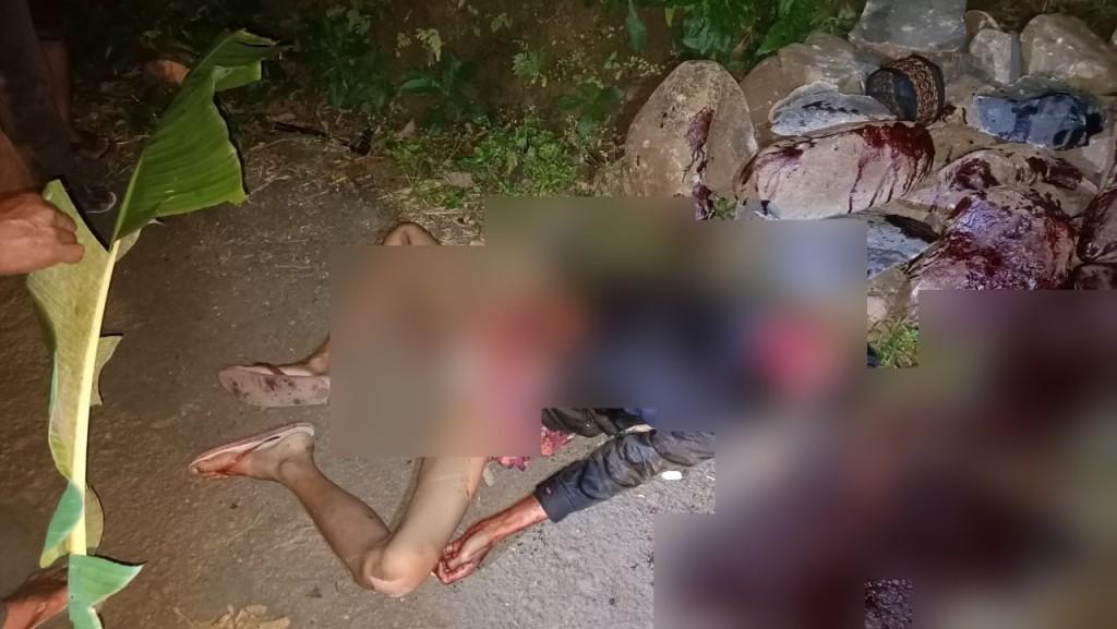 Salah satu Korban Carok di Jenggrong Lumajang Masih Pegang Clurit