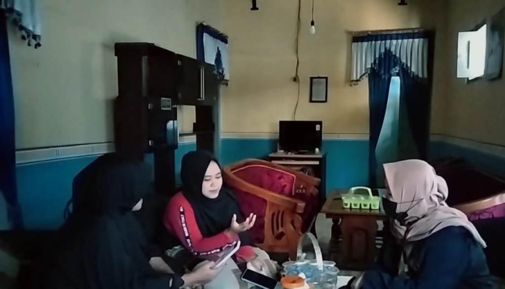 Ceker Pedas UMKM Wonorejo Lumajang Mulai Rambah Pemasaran Online