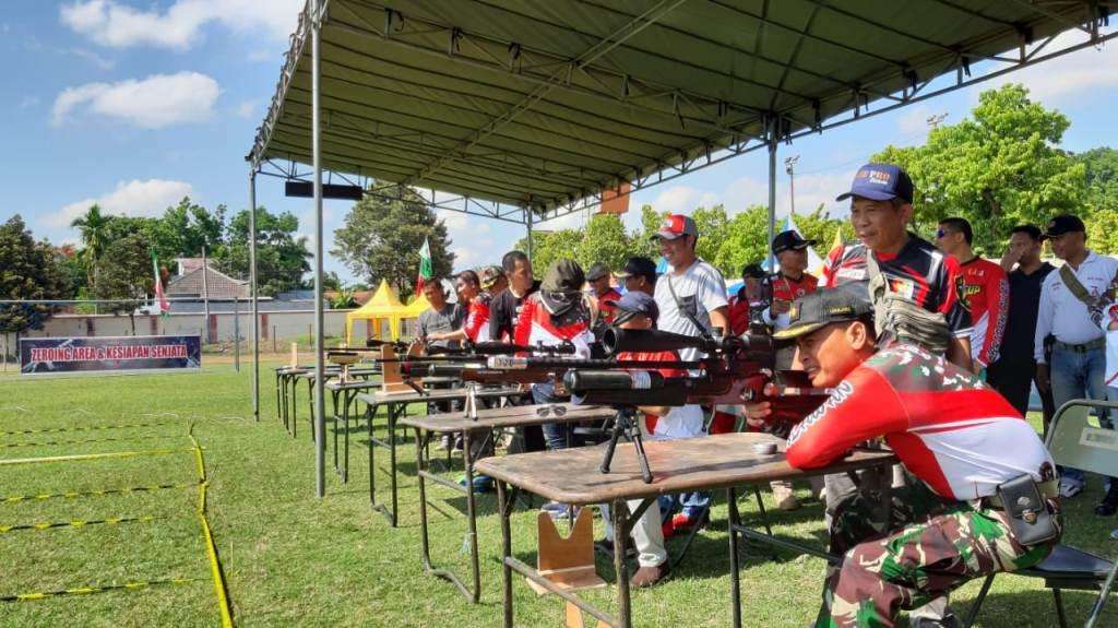 Open Tournament Menembak Dandim Cup 0821 Diikuti Ratusan Peserta