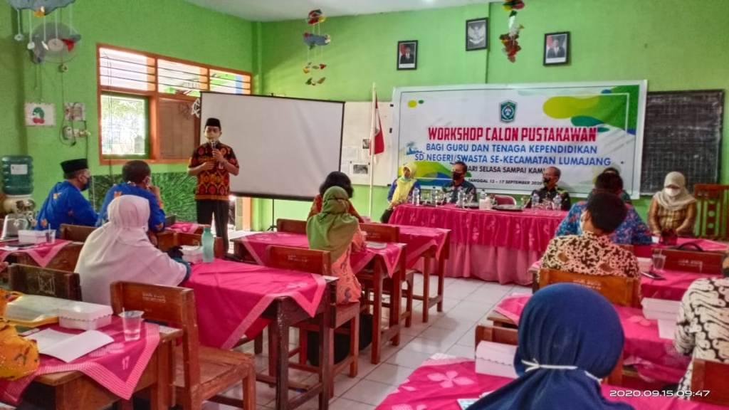 34 Guru Dididik Jadi Calon Pustakawan SD di Lumajang