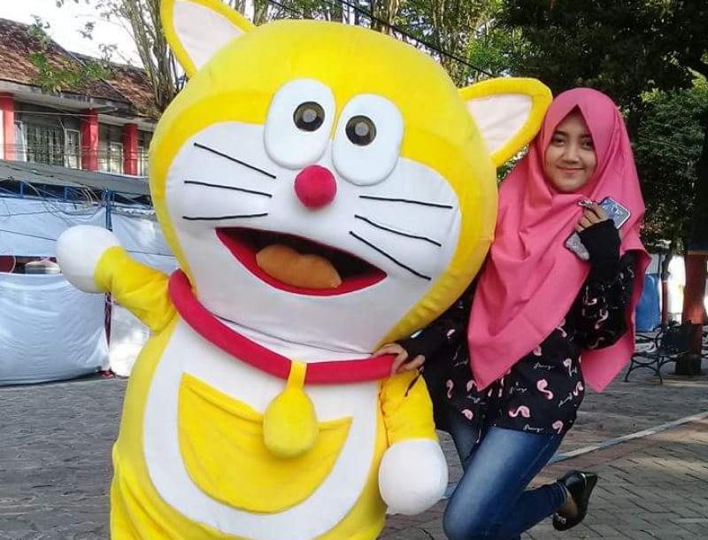 Doraemon di Alun-alun Lumajang Jadi Viral, Kenapa..?