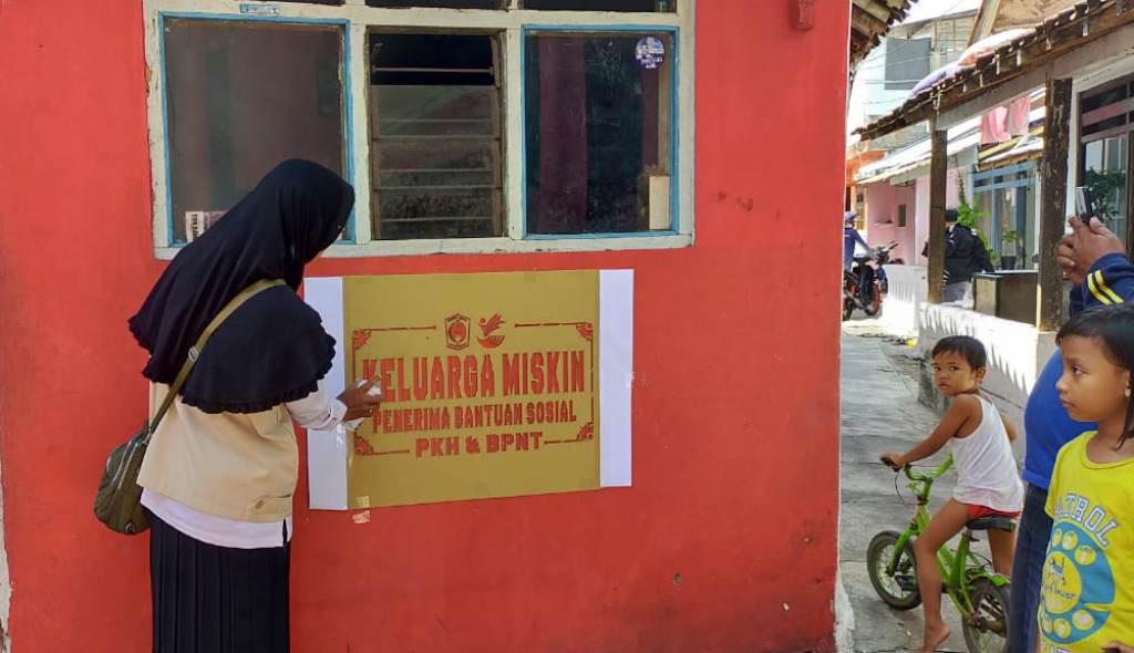 45 Ribu Rumah KPM PKH Lumajang Akan Dicat Bertulis Keluarga Miskin