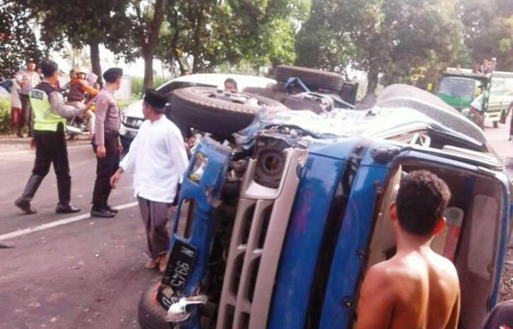 Zona Merah, Kecelakaan Beruntun 3 Mobil Terjadi di Jalur Lumajang-Jatiroto