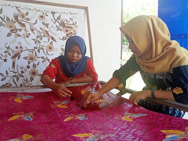 Pengrajin Lumajang Ajak Millenial Cinta Batik Warisan Budaya Indonesia